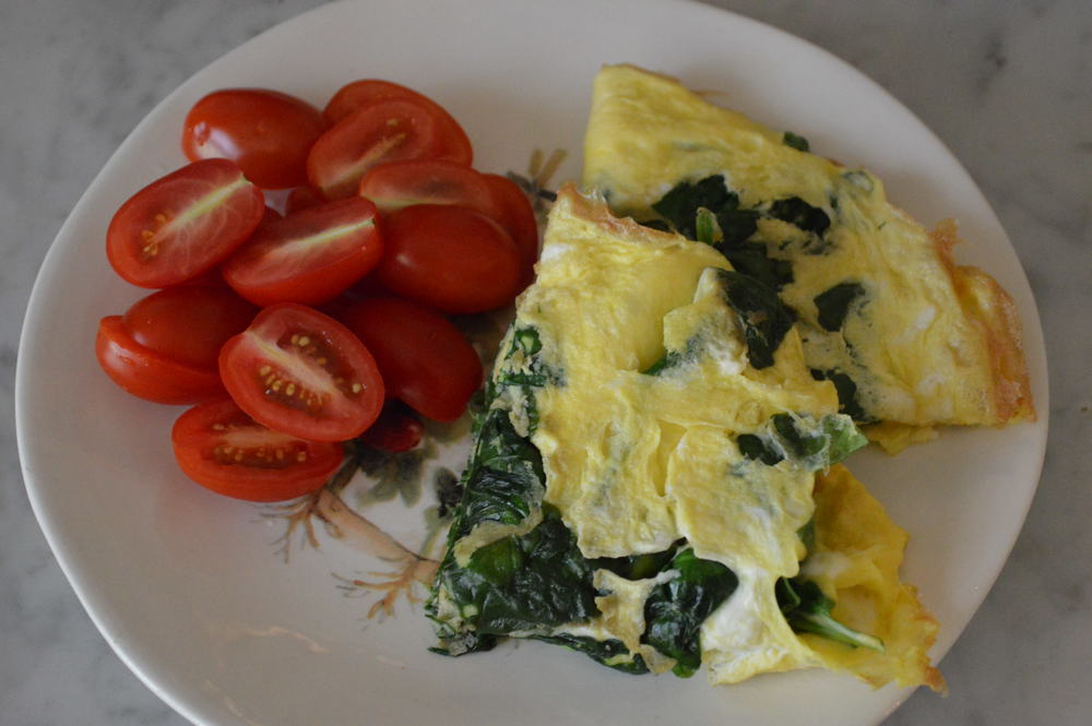 Omelette + Tomatoes