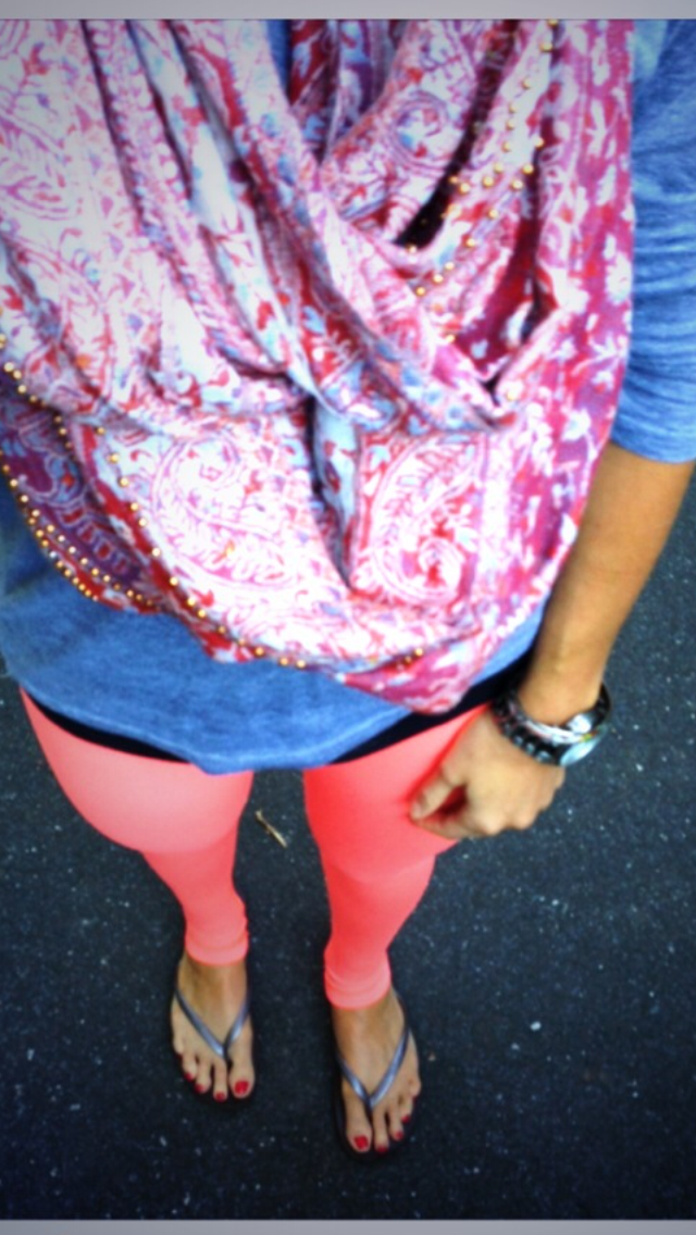 Lulu Lemon Pants, Anthropologie Scarf