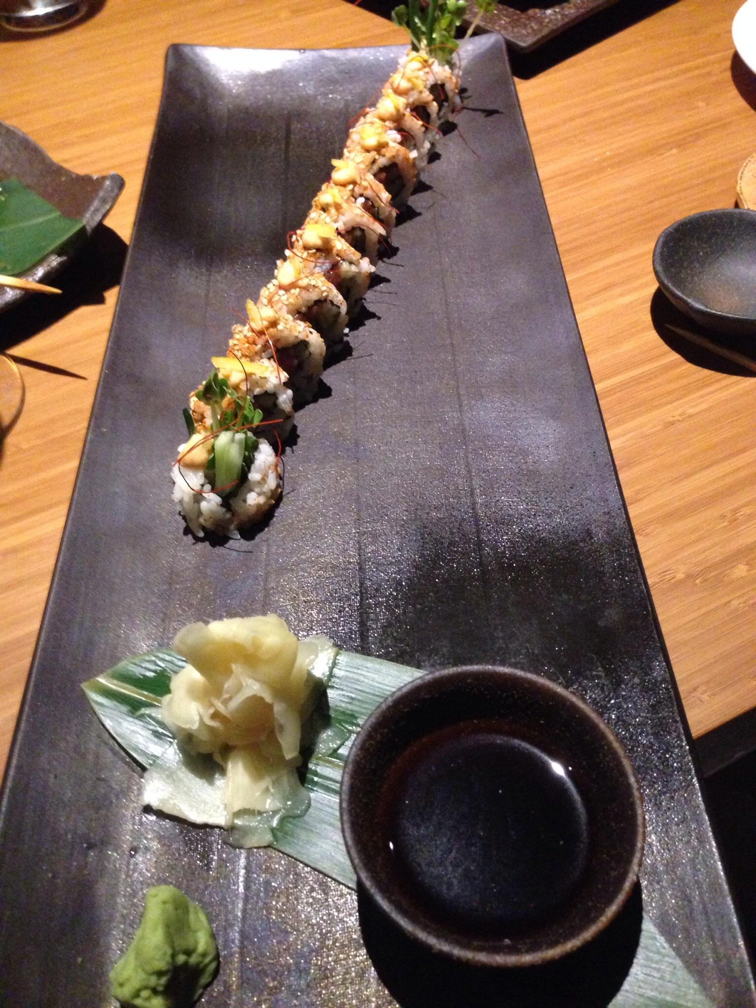 Baku Sushi Roll