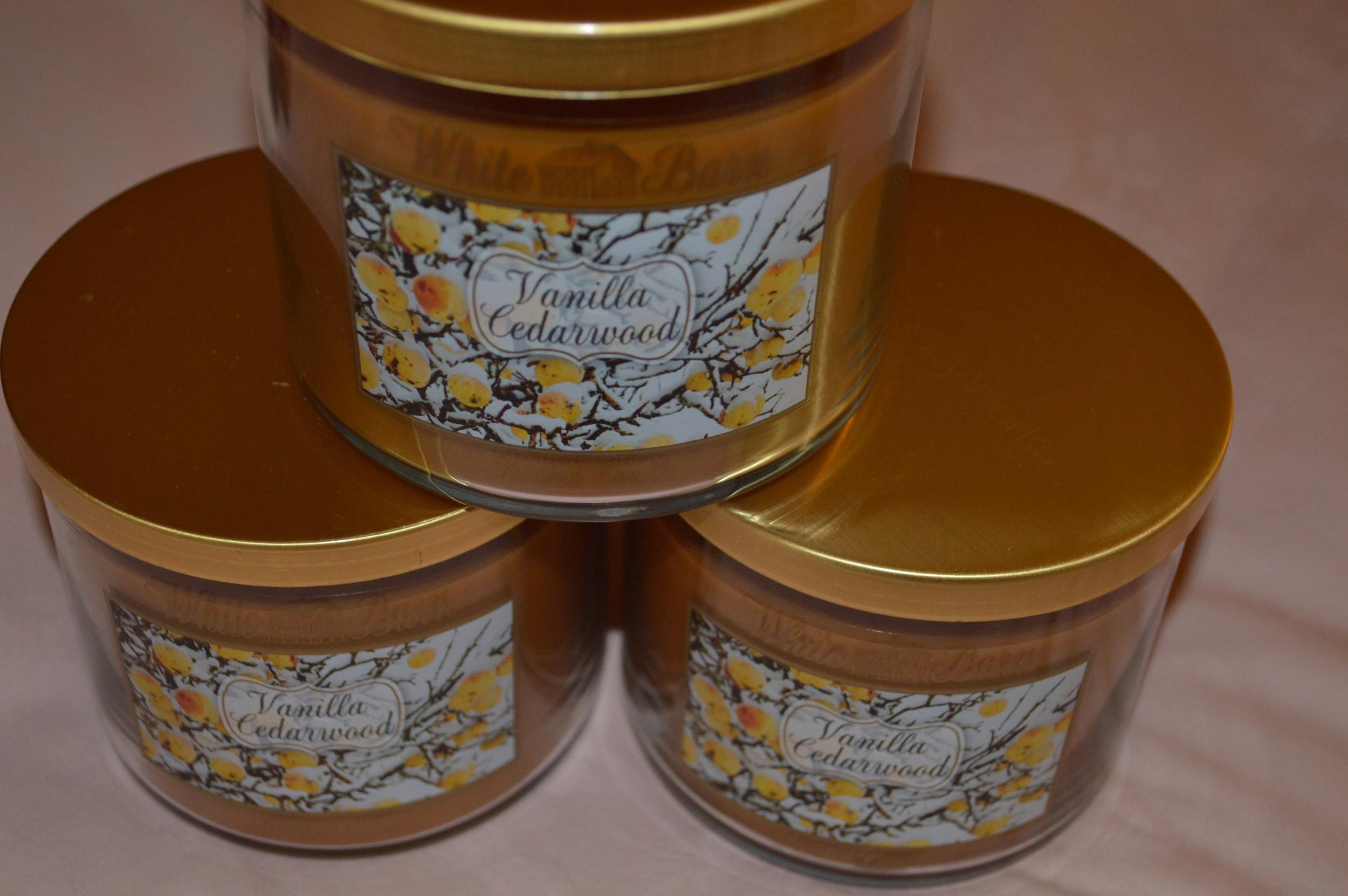 Bath & Body Works - Vanilla Cedarwood Candles