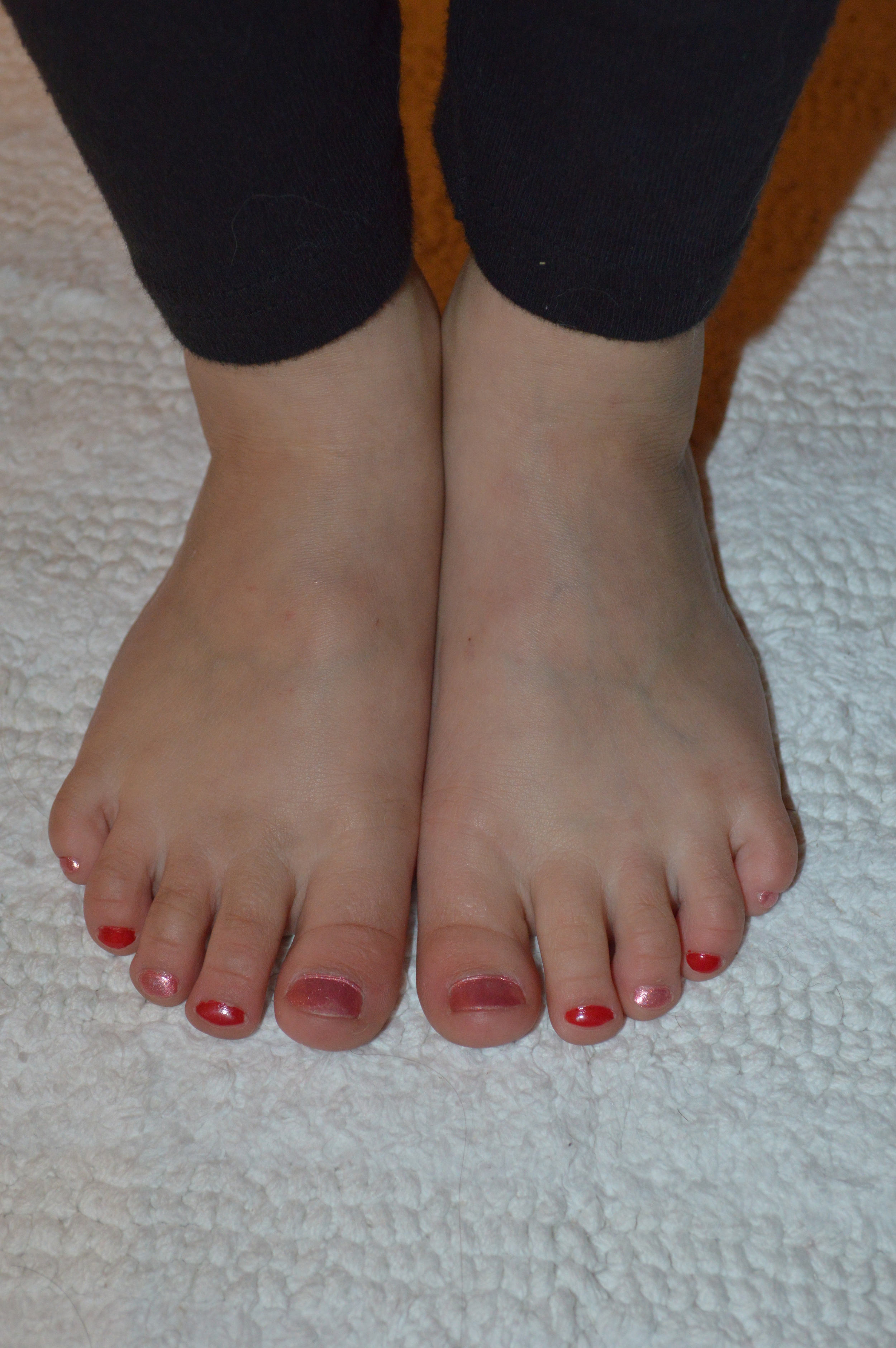 Syndey Bug Toes Painted