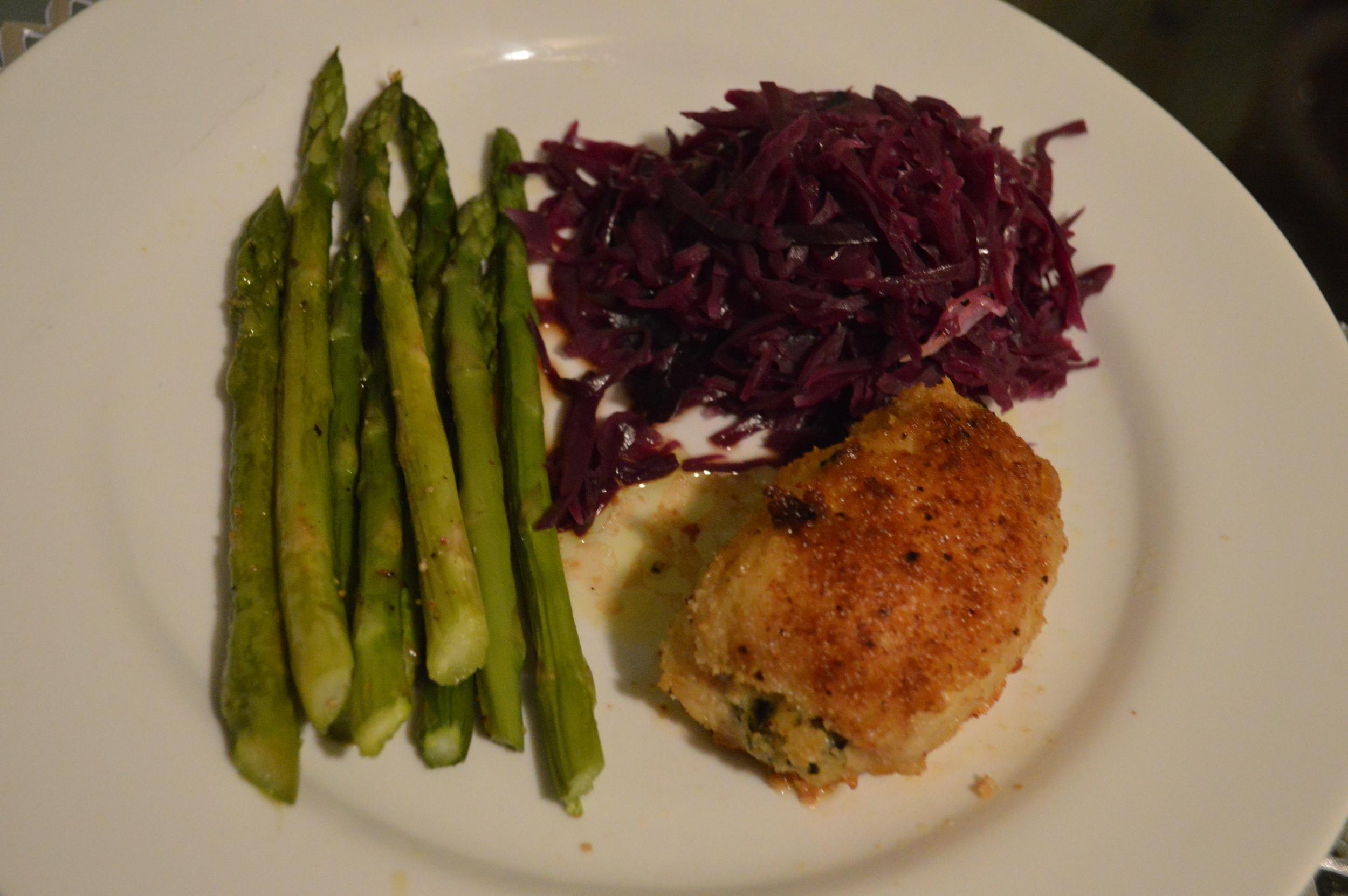 Chicken, Asparagus & Red Cabbage