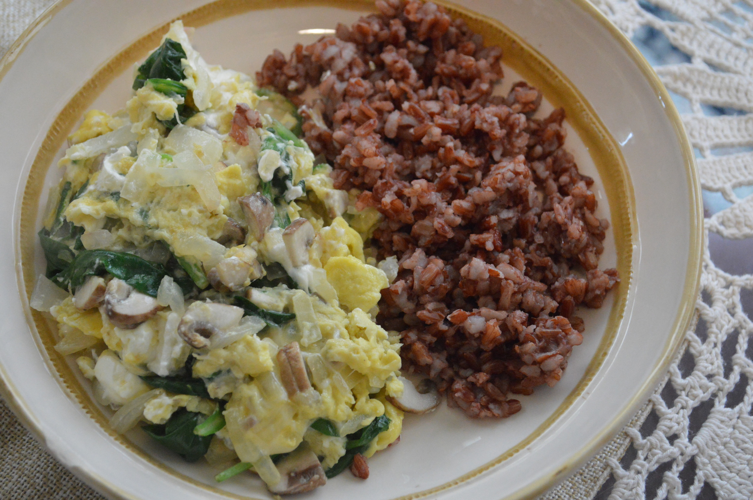 Veggie Scramble + Red Rice