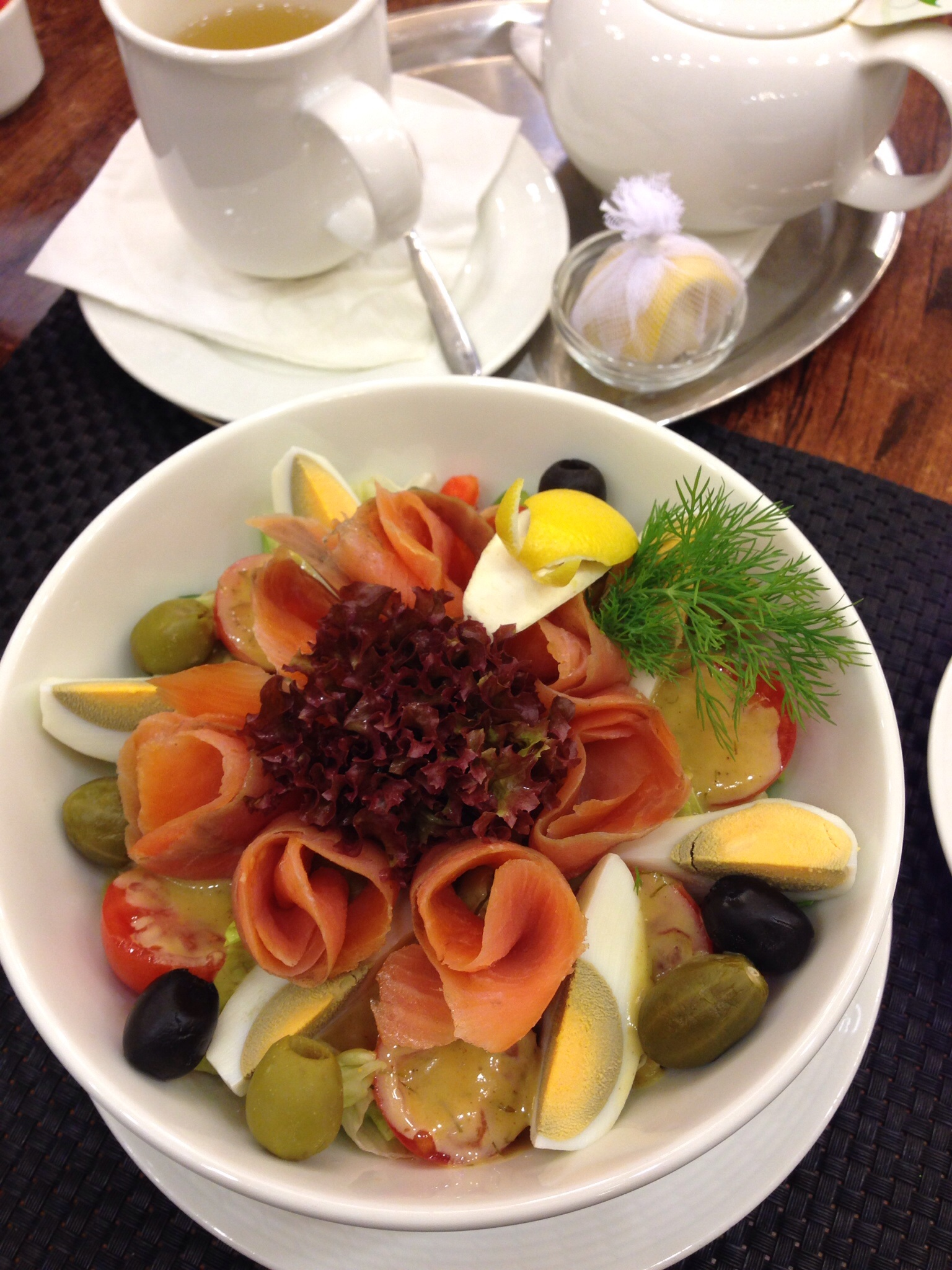 Budapest - Salmon Roses Salad