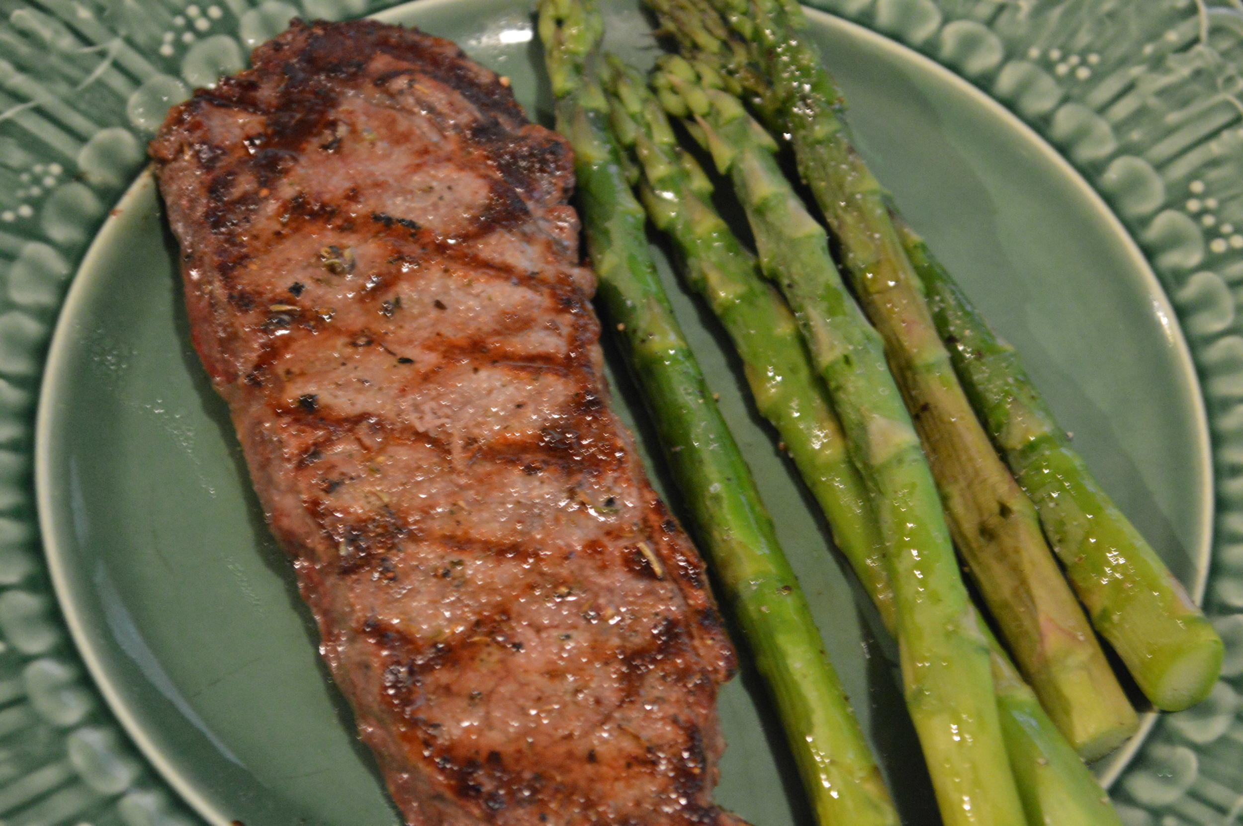 Steak & Asparagus Dinner