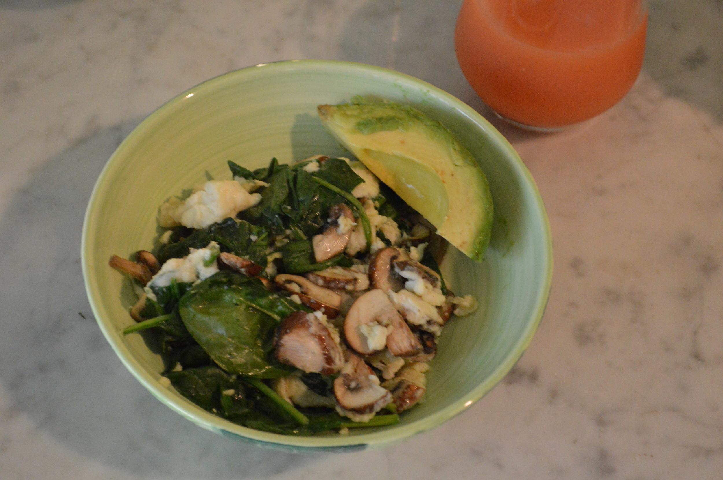 egg white spinach scramble