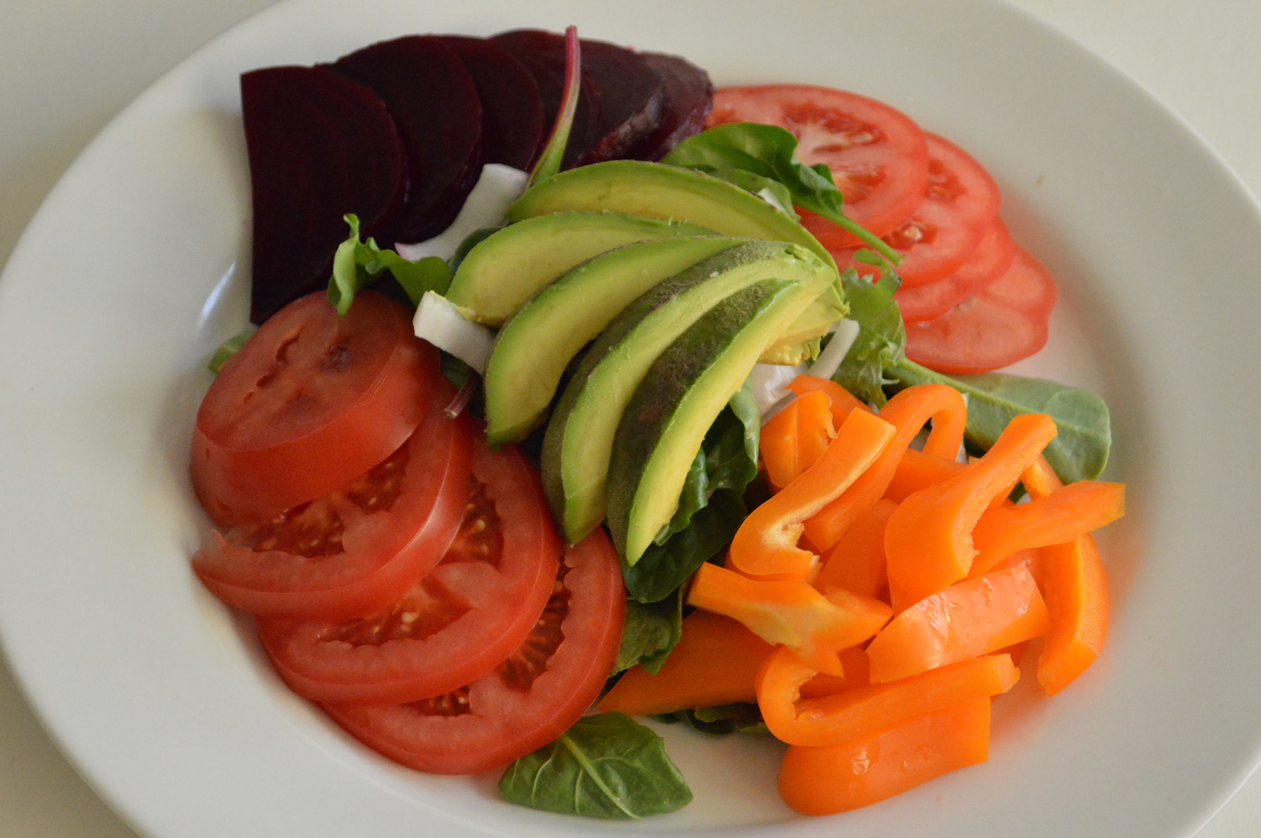 Summer Veggie Salad - laurenschwaiger.com
