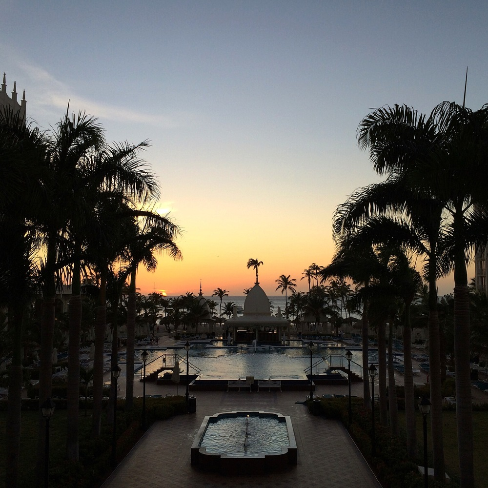 RiuPalace-Aruba-Sunset.jpg