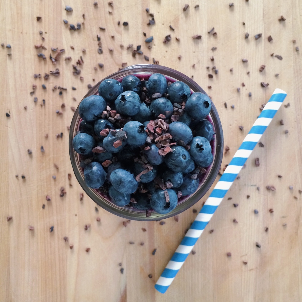 Lauren-Schwaiger-Blog-Banana-Blueberry-Maca-Smoothie.jpg