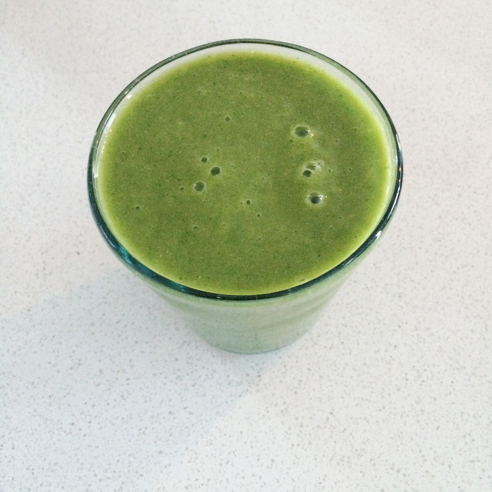 Green-Smoothie-Lauren-Schwaiger-Blog.jpg