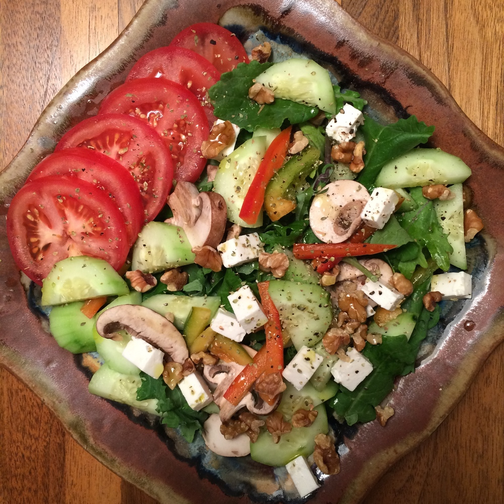 Clean-Eating-Veggie-Salad-Lauren-Schwaiger-Blog.jpg