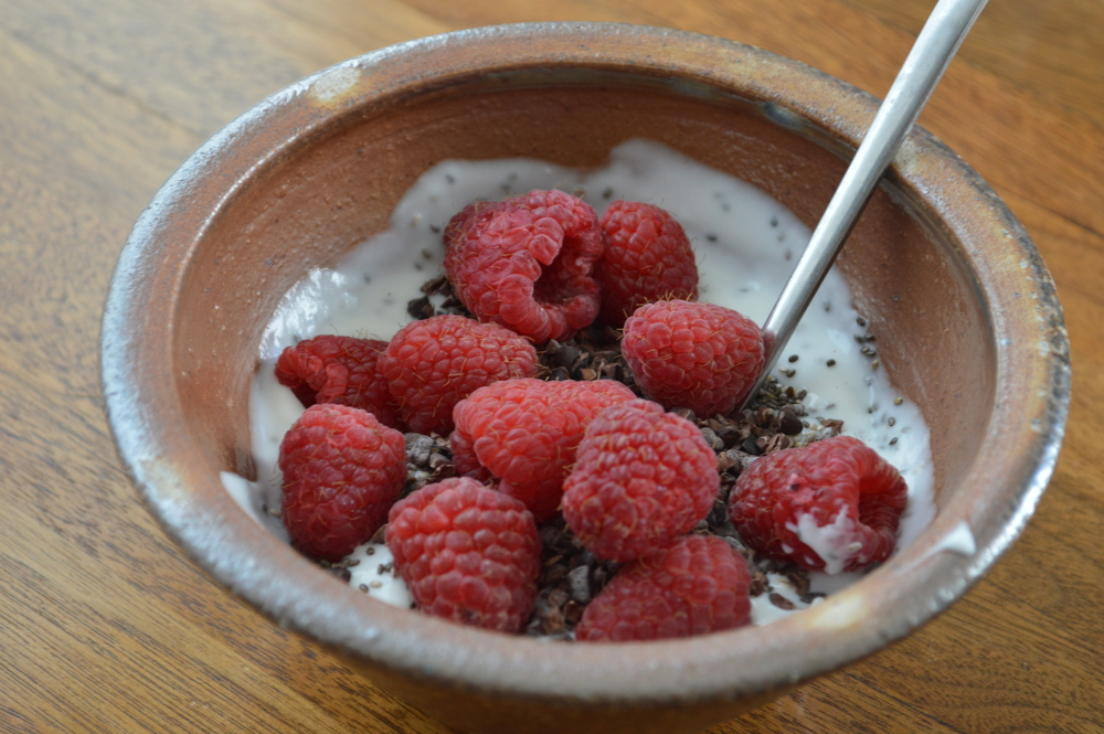 LaurenSchwaiger-Blog-CleanEating-Breakfast-GoatYogurt&Berries.jpg