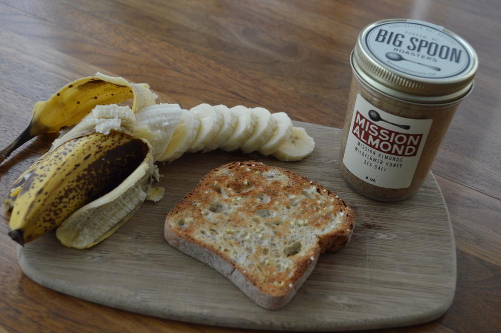 Lauren-Schwiger-Blog-Almond-Butter+Banana-Gluten-Free-Toast.jpg