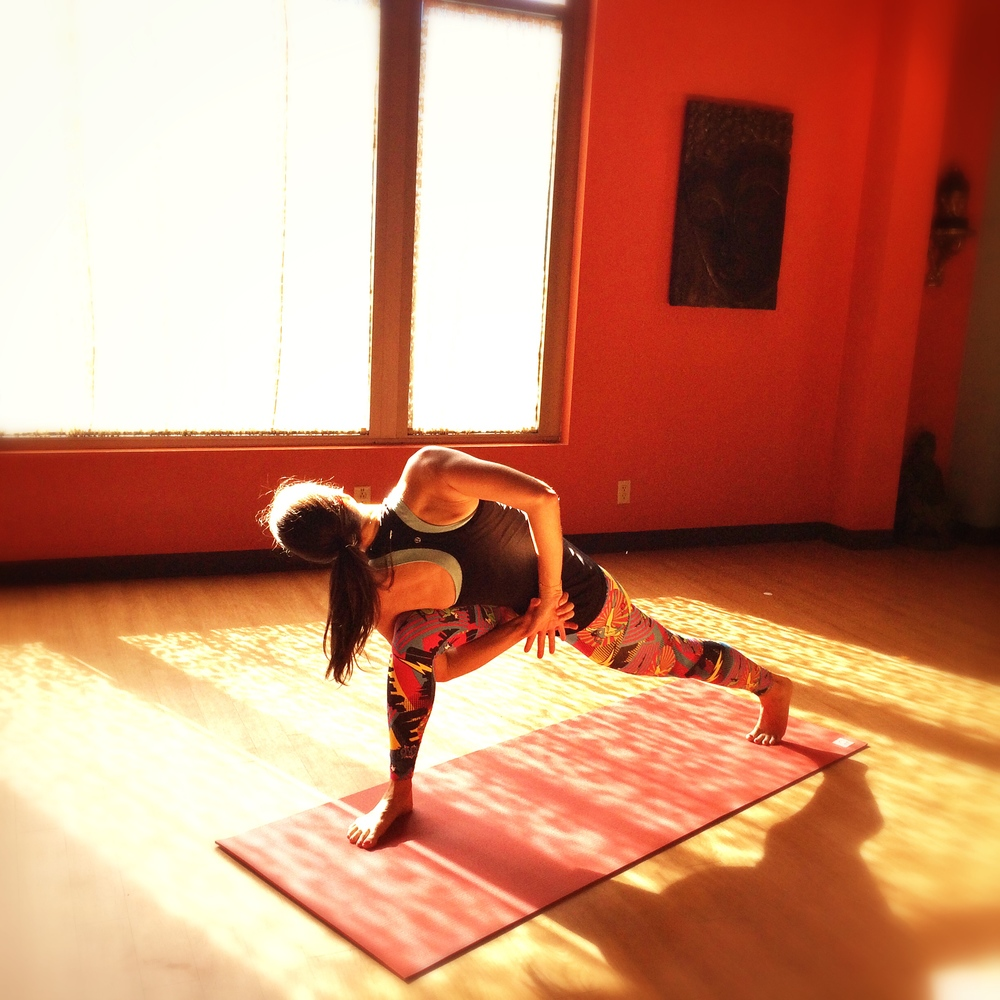 Lauren-Schwaiger-Yoga-Crescent-Lunge-Twist.jpg