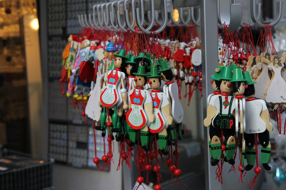LaurenSchwaiger-Travel-Blog-Rattenberg-Austria-Nutcracker-Ornaments.jpg