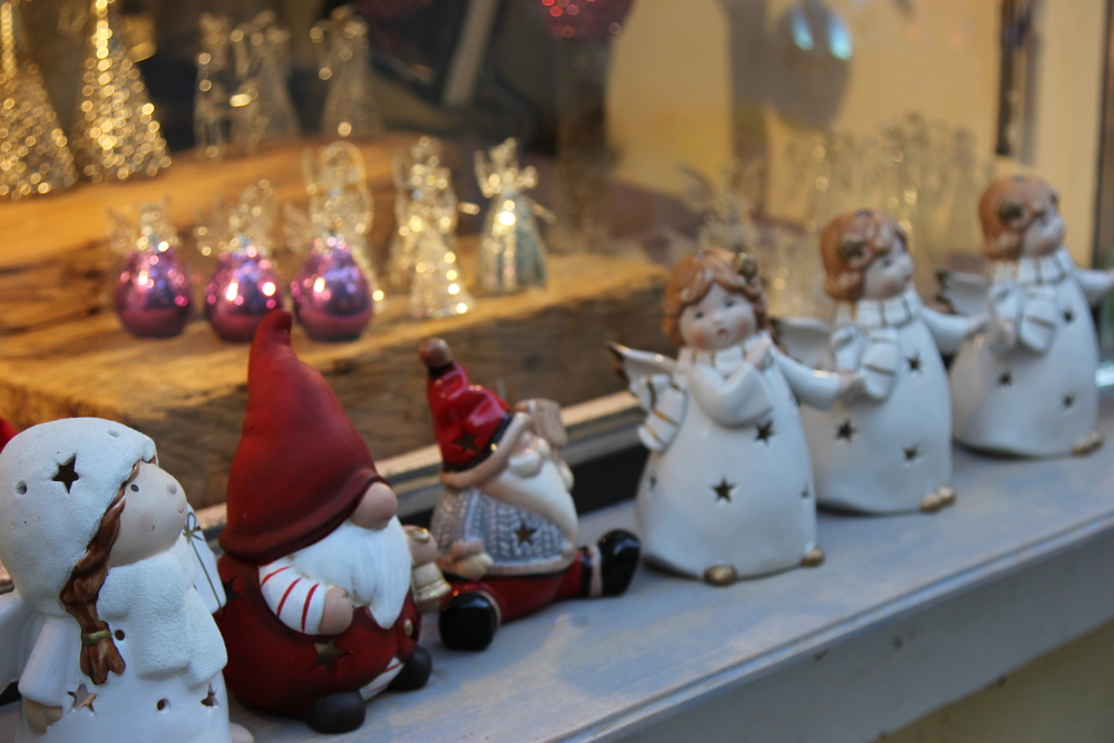 LaureSchwaiger-Travel-Blog-Rattenberg-Austria-ChristmasFigurines.jpg