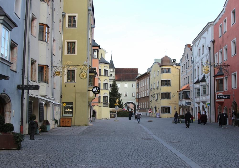 LaurenSchwaiger-Travel-Blog-Rattenberg-Austria.jpg