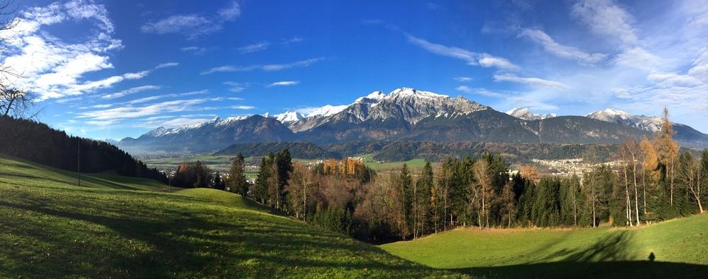LaurenSchwaiger-Travel-Blog-Wandern-Austria.jpg
