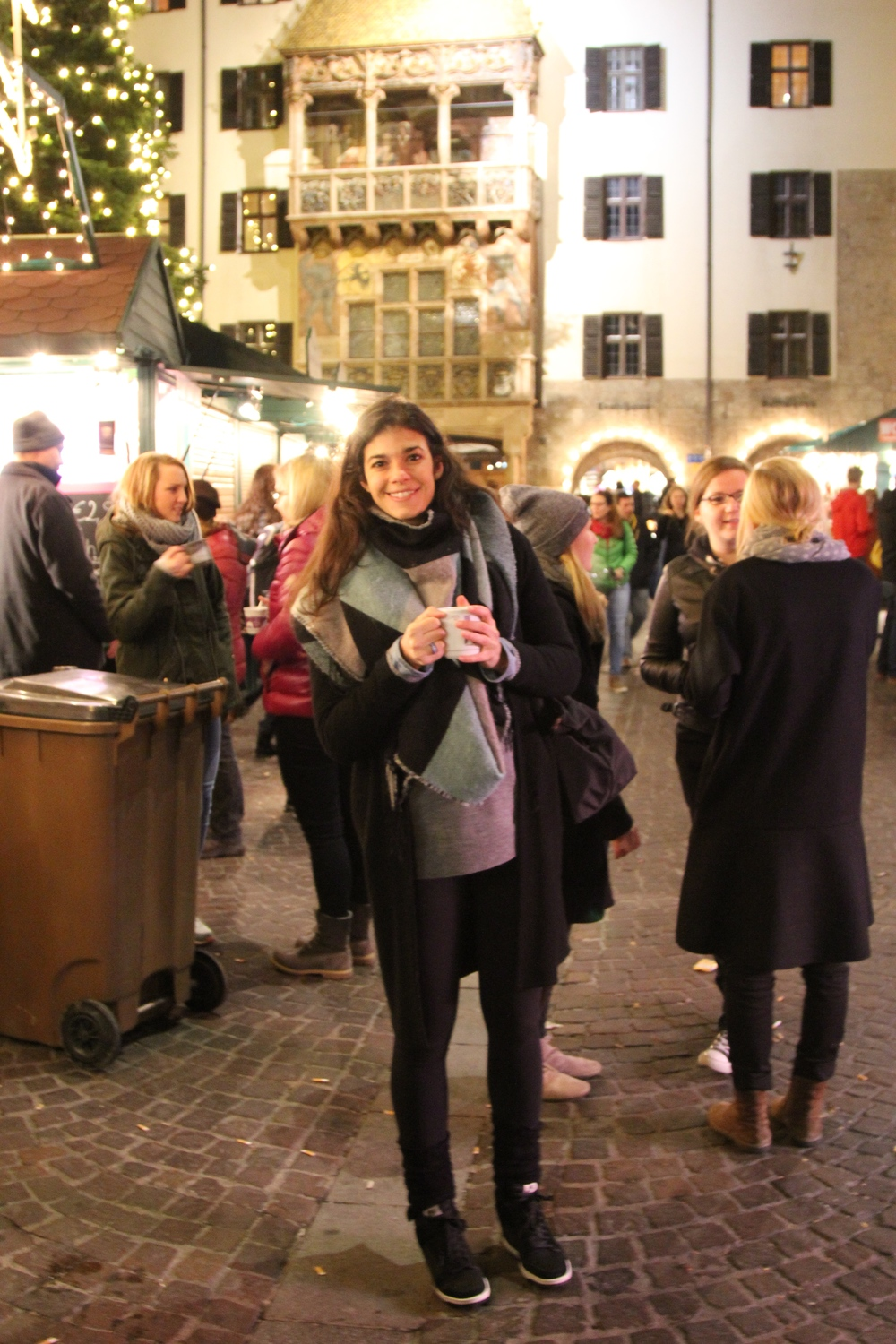 Innsbruck-Christkindlmarkt-LaurenSchwaiger-Travel-Blog.jpgs