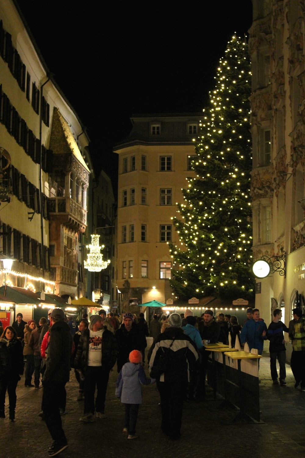 Innsbruck-Christkindlmarkt-Christmas-Tree-LaurenSchwaiger-Travel.jpg