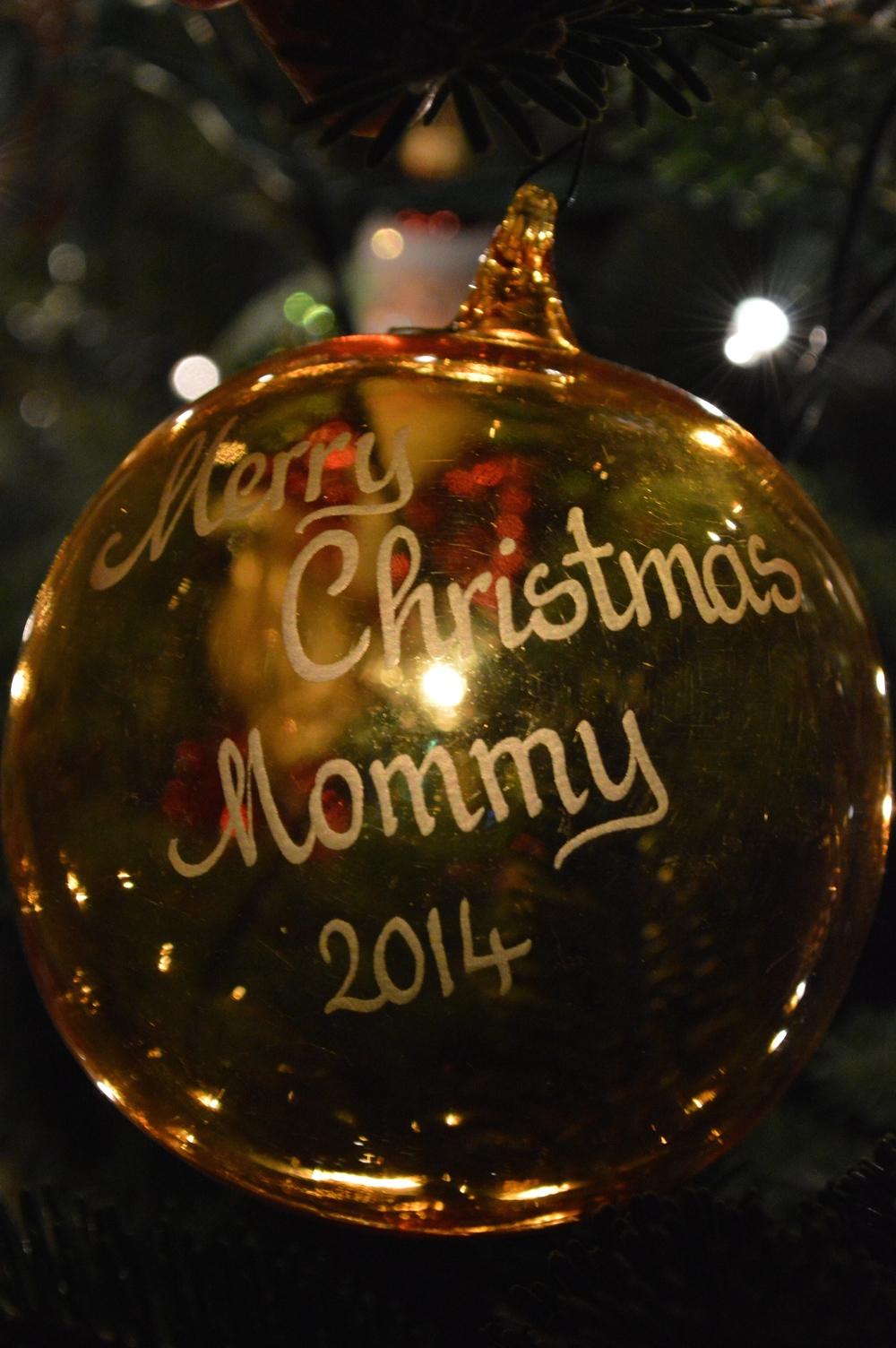 LaurenSchwaiger-Blog-Christmas-2014-Ornaments.jpg