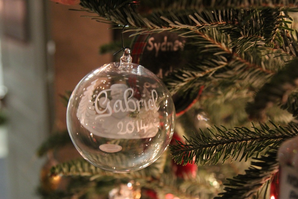 LaurenSchwaiger-Blog-Christmas-Traditions-Christmas-Ornaments.jpg
