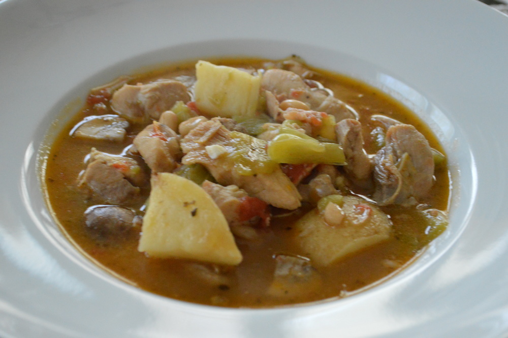 LaurenSchwaiger-Blog-Chicken-Peppers-Potatoes-Stew.jpg