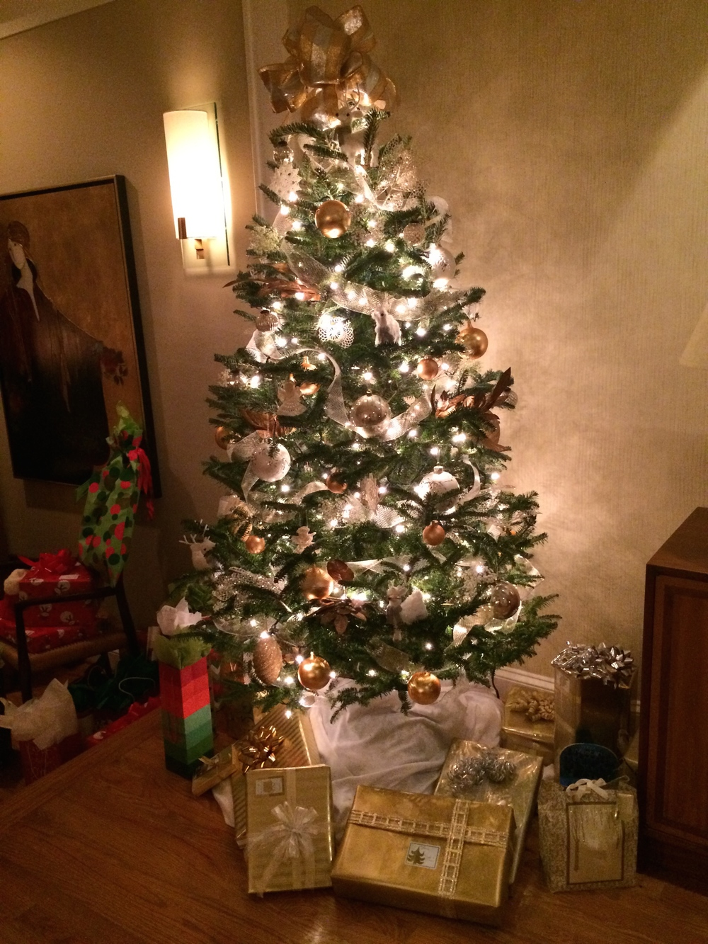 LaurenSchwaiger-Blog-Christmas-Tree.jpg