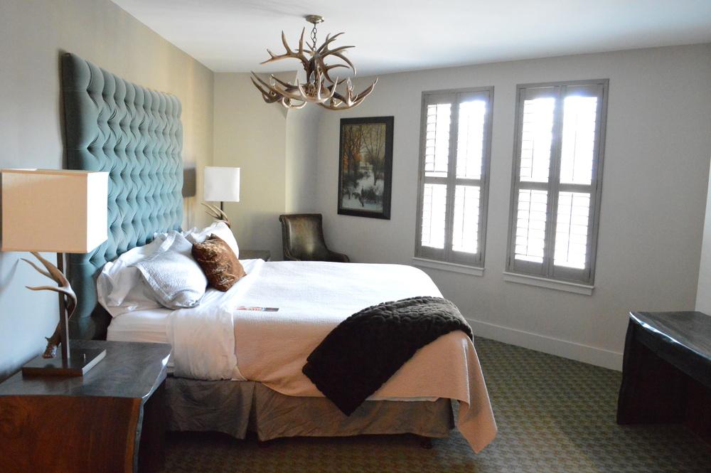 TheGrandBohemianHotel-Asheville-Guest-Room-LaurenSchwaiger-Blog.jpg