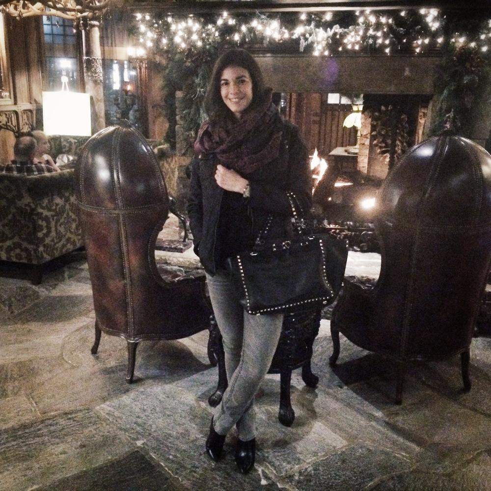 LaurenSchwaiger-Style-Blog-NYE-Black-Grey-OOTN.jpg
