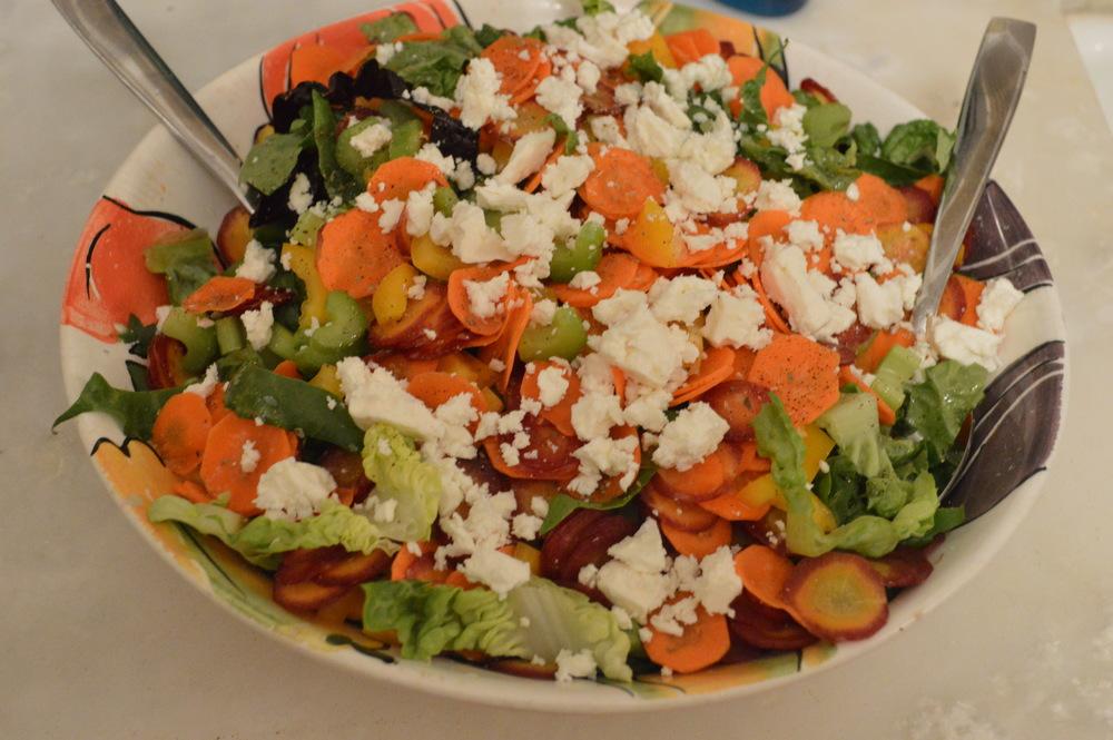 LaurenSchwaiger-Blog-Clean-Eating-Salad.jpg