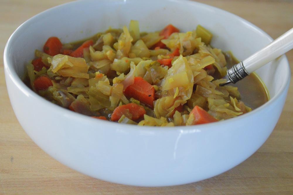 Warming-Winter-Detox-Cabbage-Soup-LaurenSchwaiger-Blog.jpg