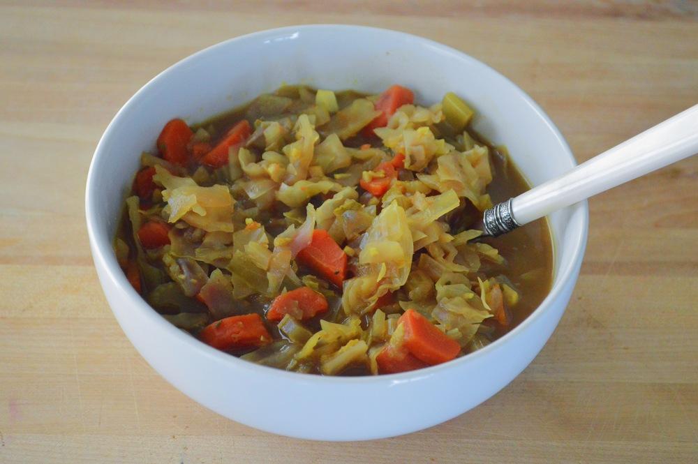 LaurenSchwaiger-Blog-Warming-Winter-Detox-Cabbage-Soup.jpg