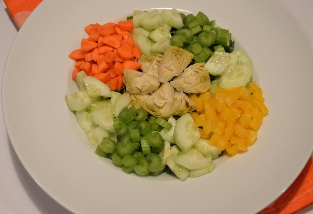 LaurenSchwaiger-Blog-Health-Beauty-Detox-Salad.jpg