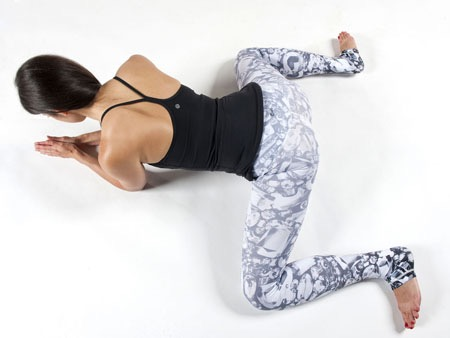 LaurenSchwaiger-Yoga-Frog-Pose-Hip-Openers.jpg