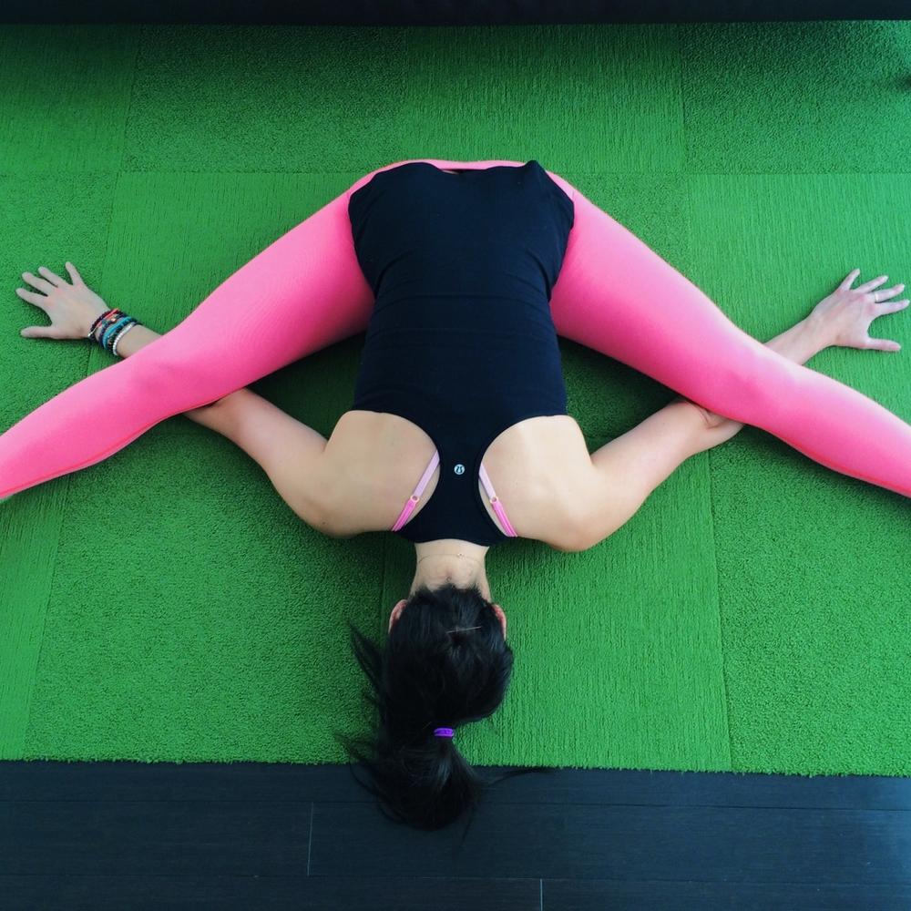 LaurenSchwaiger-Yoga-Blog-Tortoise-Pose.jpg