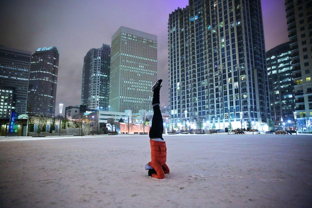LaurenSchwaiger-Blog-Yoga-Headstand-Uptown-Charlotte-SNOGA.jpg