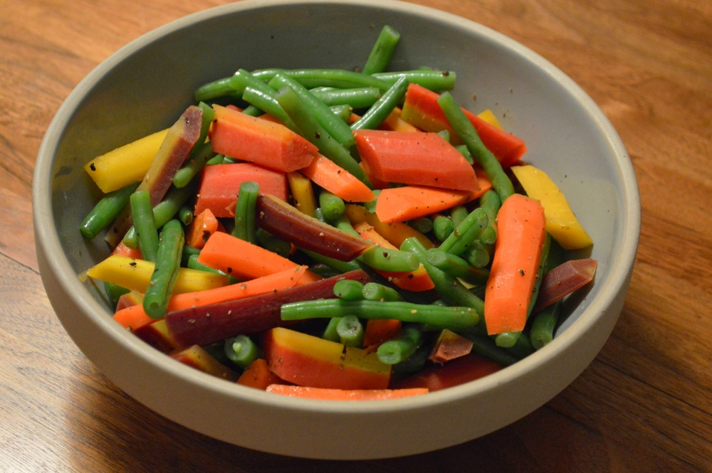 LaurenSchwaiger-Blog-Warm-Salad-String-Beans-Carrots.jpg