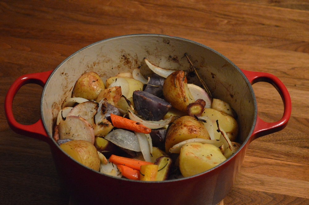 LaurenSchwaiger-Blog-Roasted-Potatoes-Veggies.jpg