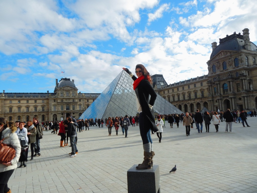 LaurenSchwaiger-Blog-Travel-The-Louvre-Paris-France.jpg