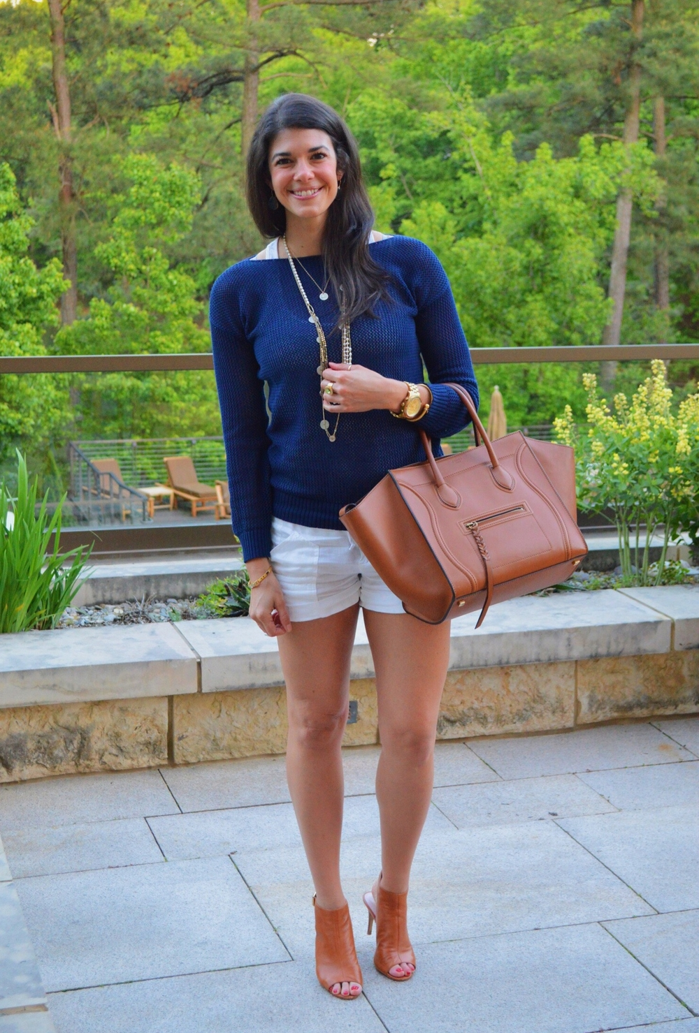 LaurenSchwaiger-Style-Blog-Spring-Style-White-Shorts-Navy-Sweater.jpg
