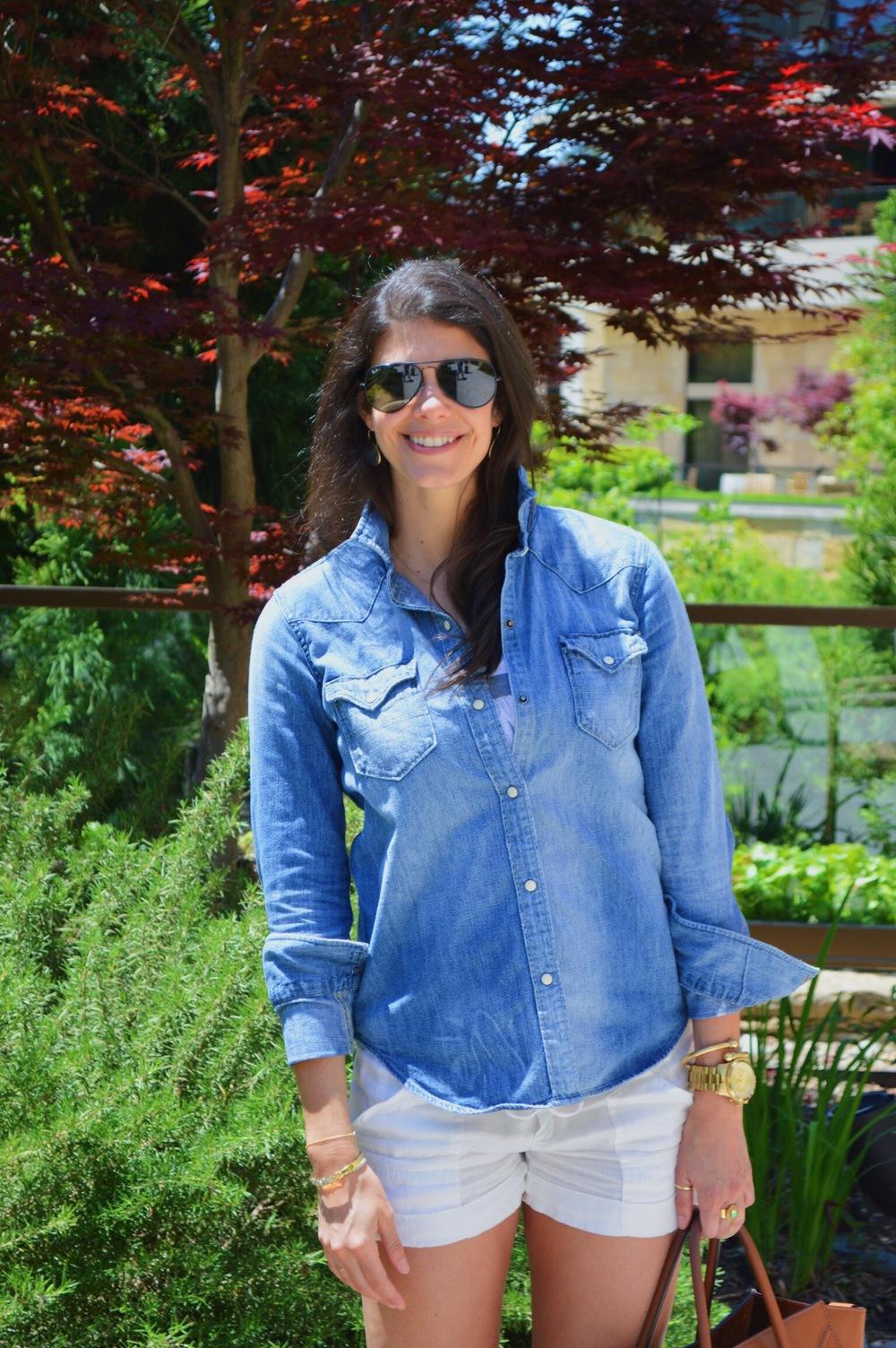 LaurenSchwaiger-Blog-Spring-Style-White-Linen-Shorts-Denim-Shirt.jpg