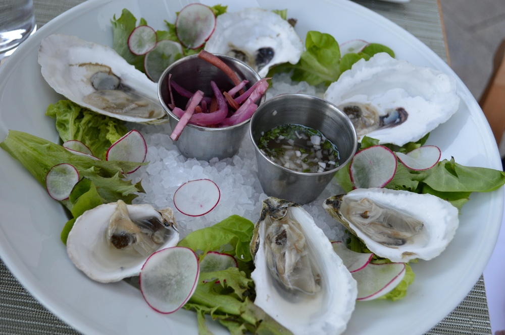 LaurenSchwaiger-Blog-The-Umstead-Hotel-Oysters.jpg