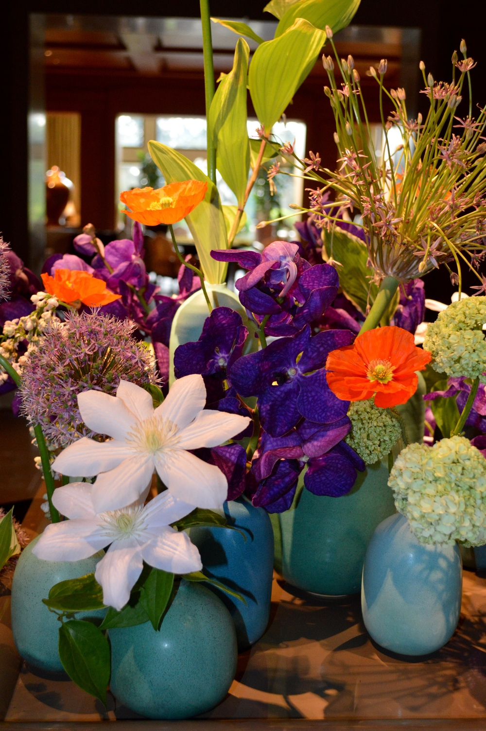 LaurenSchwaiger-Blog-The-Umstead-Hotel-Lobby-Flowers.jpg