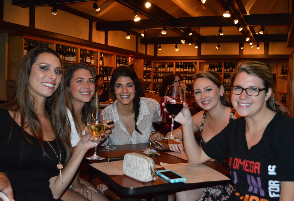 LaurenSchwaiger-Blog-Girls-Night-Foxcroft-Winebar.jpg