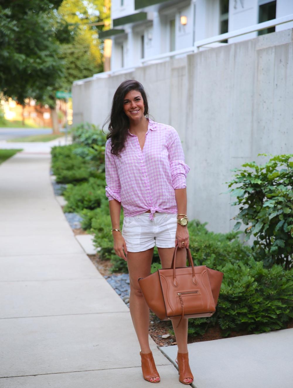 LaurenSchwaiger-Life-Style-Blog-Summer-Style-Pink-White-Gingham.jpg