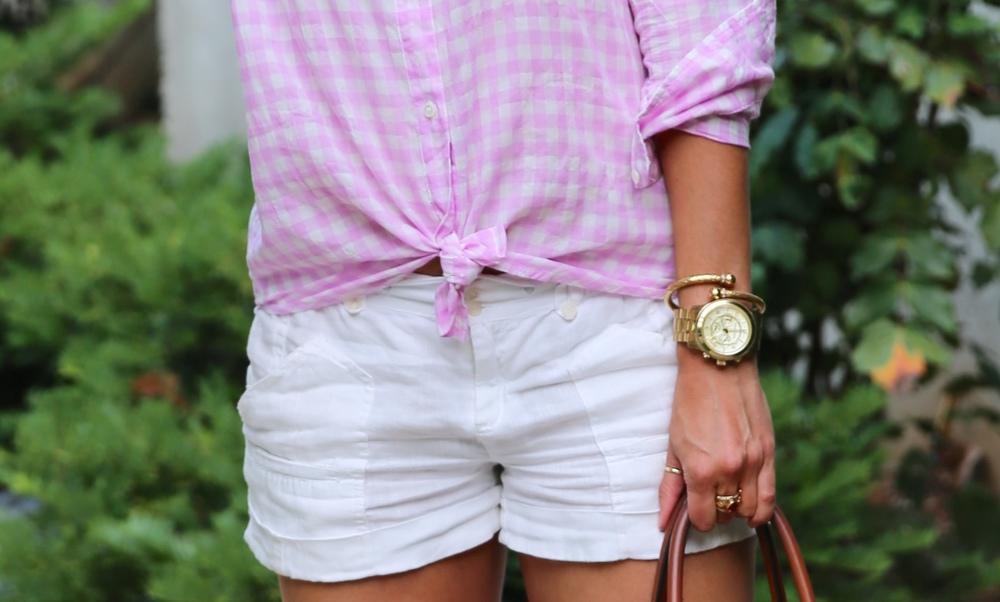 LaurenSchwaiger-Life-Style-Blog-Pink-Gingham-JCrew-Button-Down.jpg