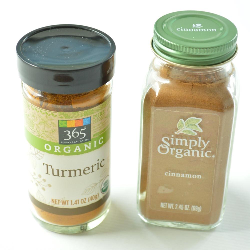 LaurenSchwaiger-Health-Fitness-Blog-Cinnamon-Turmeric.jpg