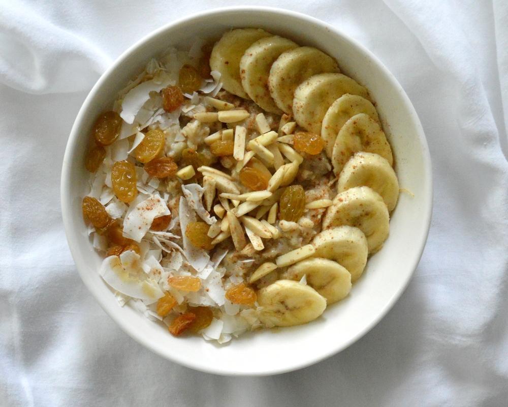 LaurenSchwaiger-Health-Fitness-Blog-Banana-Oatmeal.jpg