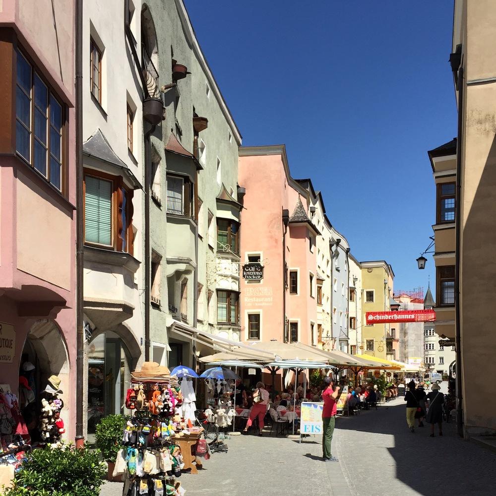 LaurenSchwaiger-Travel-Blog-Austria-Rattenberg-in-Summer.jpg